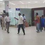 #Exclusive @superstarrajini Reached Video in Chennai Airport  @sri50 @rameshlaus @KollywudCinema @thinkmusicindia https://t.co/cef6OG536b