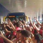 Sob o apoio da nação rubro negra, @Flamengo desembarca no Espírito Santo. 🔴⚫️ Amanhã, #FLAxAME, no @_UrubuNews_ https://t.co/mUlfRkYG5T