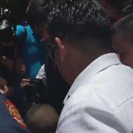 PNP chief Dela Rosa buys all products a street kid vendor was selling after someone tripped over them https://t.co/9cSQ6AfdMI via @beacupin