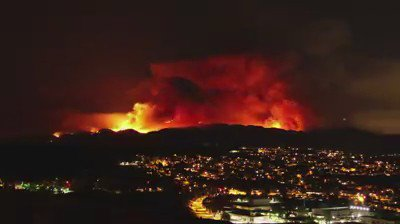 VIDEO: Terrifying time lapse of #SandFire shot by Santa Clarita resident Mo Sabawi. https://t.co/UtBIGHP7vu