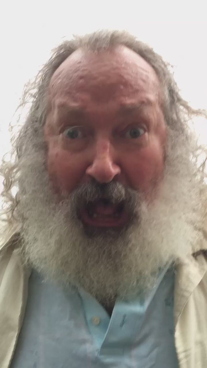 In case you were wondering what Randy Quaid thinks: https://t.co/ukiJhN0IiI #DNCInPHL #DNCLeak