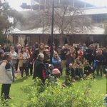 Hundreds of ppl in Alice Springs standing up against the horrific treatment of kids in NT detention @abcnewsNT https://t.co/TM37uBbWJ7