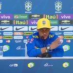"""""""Seria uma honra jogar no @Flamengo. É um dos maiores clubes do Brasil e do mundo"""" - @neymarjr https://t.co/ytG042Ew1v"""