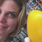 #Paint a bell pepper with me! Full video at https://t.co/oFdet5Yqd6 #painting #art @WPTV #amcrew https://t.co/LGRyf5PpjW