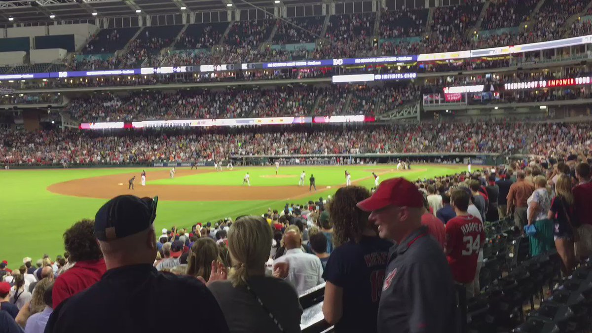 Walk-off in Cleveland! Francisco Lindor wins it for the hometown Tribe, 7-6 over  Washington https://t.co/JWSAFeoJq2