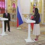Елена Исинбаева расплакалась на встрече олимпийской сборной с Владимиром Путиным в Кремле https://t.co/4WFiwwH9Uv https://t.co/ExitUblfWo