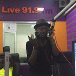 @senahuks is on fire💥💥💥🔥🔥🔥🔥... Its #AcousticNight in the @live919fm studios now. Tune in #Touchdownlive https://t.co/jOVtGsWxuH