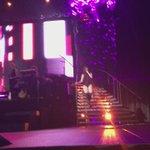 VÍDEO | Fifth Harmony performando Not That Kinda Girl (via @cheesejergi) #727TourManchester https://t.co/3MaI6nfEyn