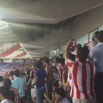 Lo más lindo del partido de @JuniorClubSA v Pasto. Puteada MERECIDISIMA a Fuad Char. @MiguePumarejo @comu_junior https://t.co/J0eRdhGBut