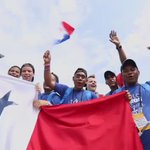 La alegría de la juventud panameña representándonos en la #JMJCracovia2016. #PanamáenJMJ https://t.co/o9hB4Aa7b4