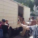 ¡No quisieron vender harina! Por que era supuestamente para los CLAP. La solución de #Venezuela es el #Revocatorio!! https://t.co/113jcKXU1Q