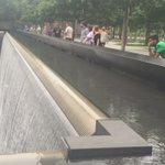 2001年9月11日 アメリカ同時多発テロ事件 3000人もの人が犠牲になった 犠牲になった方の名前が記されている。 命があること、生かされていることに感謝。 世界の平和を願う https://t.co/YQaZNz9Lut
