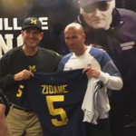 .@CoachJim4UM welcomes @realmadrid manager Zidane to our house #GoBlue 〽️ https://t.co/flPsdyhfFH