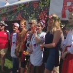 Here it is, OCanada sung in Russian! @EdmHeritageFest #yegheritagefest #yeg https://t.co/fQ25MPuZCS