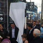 #CalleDiegoMilito Se acaba de descubir el cartel.Es oficial.Diego Alberto Milito tiene su calle al lado del estadio. https://t.co/cvSUUQJTFG