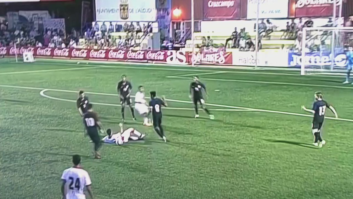 Video of the incident at the end of the USA U19 MNT game against Bahrain. https://t.co/hI9f0VtmUe