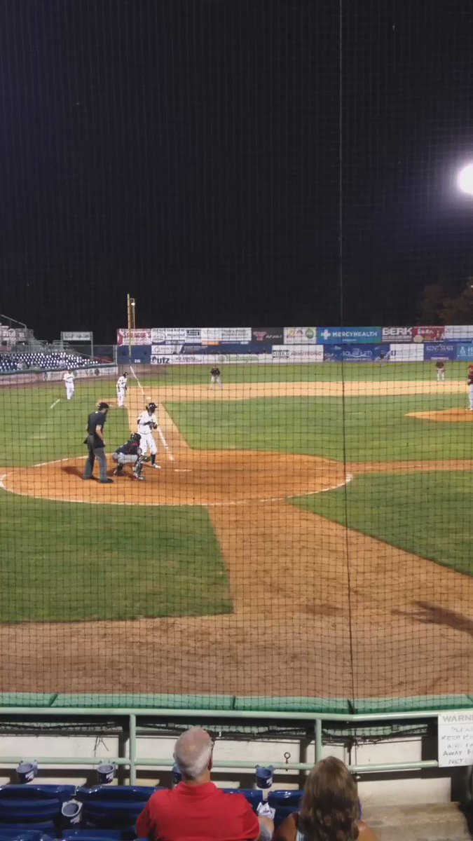 You could watch it over and over... @_TIsaacs10 walk off 3 run HR to beat @BataviaMuckdogs 9-6 tonight https://t.co/7b9unxsa9A