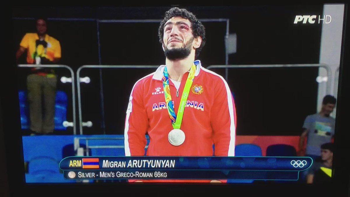 Dodela medalja: #davorstefanek #rio2016 https://t.co/UBlS2z38MX
