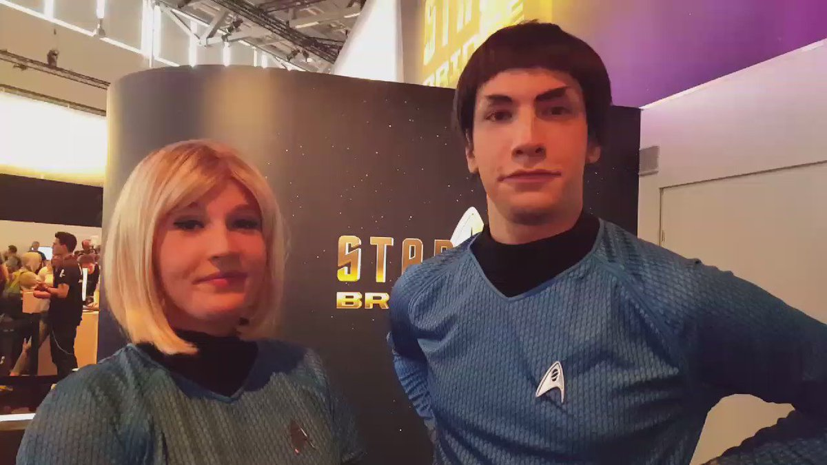 Both Human and Vulcan Science Officers agree, #StarTrekVR is a hit! #UbiGamescom #gamescom2016 https://t.co/cbsSBEL77W