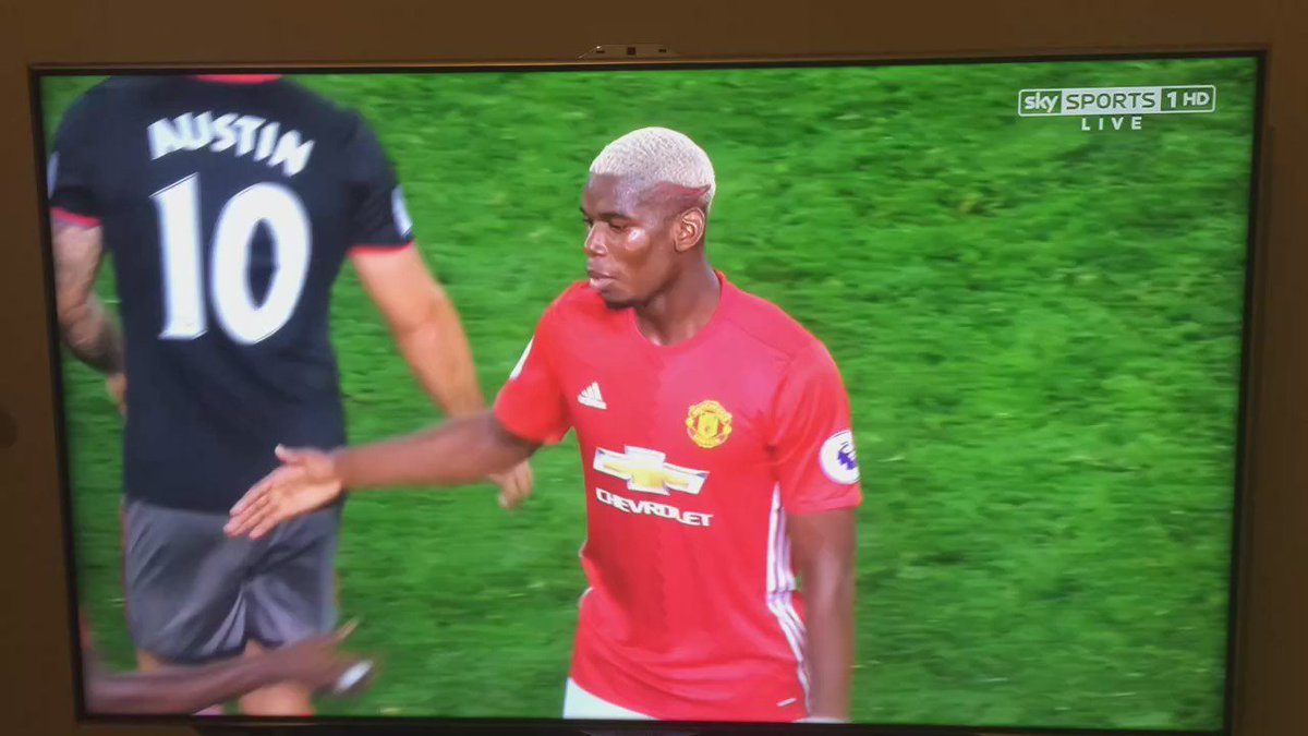 We will never shake hands with anyone ever again unless we do this... @paulpogba https://t.co/kweQ4BrBc0
