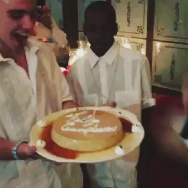 In my Universe there are 2 Suns! ☀️☀️! Best Birthday ever! ????????????????????❤️???????? @RalphLauren https://t.co/jxofivG6gS