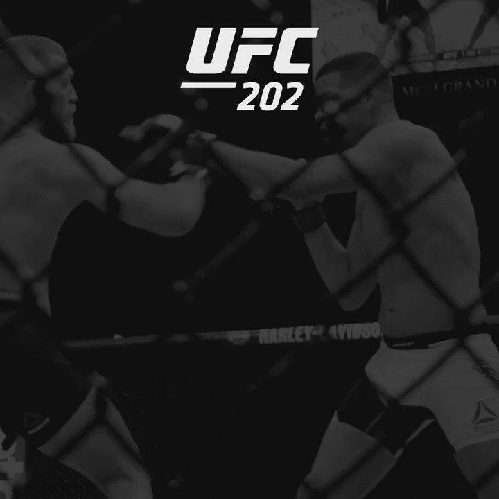 #ConorMcGregor gets it done!!!!!!! #UFC202 https://t.co/23sGogQDqx