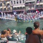 #Sète la traditionnelle valse des barques Gd prix de la Saint-Louis poids lourds #joutes @Montpellier3m #Montpellier https://t.co/Bs4uvBSco4