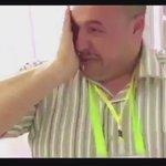 استقبال مشرف لضيوف الرحمن في مطار #المدينة_المنورة بالورد والعطر والعجوة وزمزم، مشاعرهم عظيمة  #نحبك_ياضيف_الرحمن https://t.co/8nw7bpS8DP