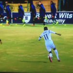 Watch Elias Pelembe twice doing some Show me your number on Lebese 🙆🏾🙆🏾🙆🏾🙆🏾🙆🏾🙆🏾🙆🏾 😂😂😂😂🔥🔥🔥🔥 #AbsaPrem https://t.co/RyTfeE2Hzx