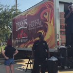 Dragos of New Orleans plans to feed 3,000+ in Watson in Livingston Parish today till 7pm @FirstGuaranty @WAFB https://t.co/R2DK5zhIWG