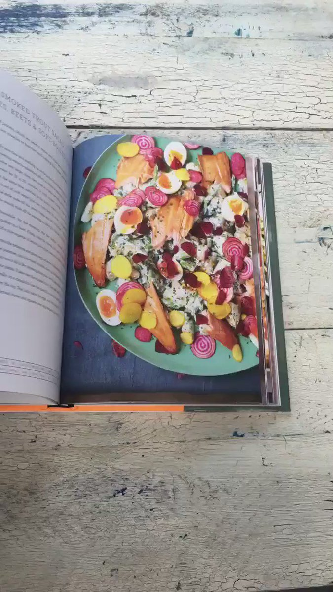 Loving all the pics coming in. WE WANT TO SEE MORE. Show us your #FamilySuperFood cook-ups! https://t.co/GOkuzRkeH6 https://t.co/berGBEnqIY