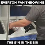 An Everton fan throwing free copies of The S*n in the bin at Glasgow Airport 👏👏👏  #JFT96 https://t.co/9xOrfJVWix