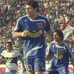 """Este es el último gol que le marcó el """"Matador"""" Salas a #LosCruzados. Fue en 2007 y Buljubasich fue la víctima #LaU https://t.co/YWeF3zAKgw"""