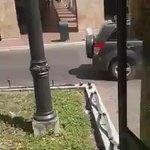 Un articulado de la Metrovía viaja con las puertas abiertas por el centro de #Guayaquil ► https://t.co/89y8kwkcZa https://t.co/ddpjc7wHqy