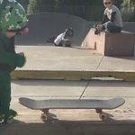RT jika korang rasa budak main skateboard ni comelllll. 😍 https://t.co/e4M9UAyxrr