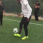 Ball tricks ⚽️ @ManUtd @equipedefrance #firstneverfollows https://t.co/ReZe3zgdnJ