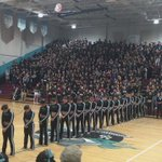Reef does it better;)) #firstpeprally @VCudettes16 https://t.co/YoCf7eCFWo