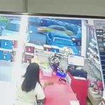 Pls RT video ni till found org yg curi beg kwn i😤 kelisa warna gelap.Back door belah kiri ada dents @ kuala selangor https://t.co/rxSIyhm04L