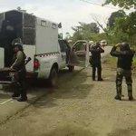 Tomado tan cerca pickup policial,para suponer lo filmó ycirculó unidad infidente @ProtegeryServir @AlvaroAlvaradoC https://t.co/ef2Eg5D1yc