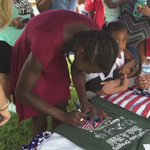A lot of autographs and pictures for the three-time Olympic medalist. Hear from Bowie and family on homecoming at 6. https://t.co/nDXHRav8Sh