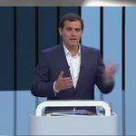 El mamporrero oficial del reino ya tiene su #PactoCerradoARV, @CiudadanosCs, el ambientador de la corrupción 🚽 https://t.co/8s9bcWroA4