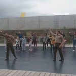 @jbeney30 @amy_festival ace fun #outdoorarts dance workshop at stage @thedockhull between #yira performance https://t.co/P0yRtJEglJ