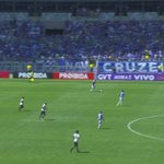 Golaço marcado pelo Robinho aos 2 minutos do segundo tempo, abrindo o placar para o Cruzeiro. https://t.co/SYIPyEw4XA