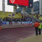 Les supporters du #PSG sont présents à Louis II #ASMPSG https://t.co/Crl5Ai8Cd7