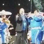 Imágenes del último concierto de #JuanGabriel en Inglewood, California. https://t.co/w3w6wJzg4y