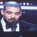 Drake presents @rihanna with her #vanguardaward! #VMAs https://t.co/oOYFvoiGUc