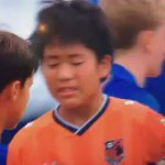Barcelona U12s consoling their opponents after winning a tournament in Japan. True sportsmanship https://t.co/eekJtlOvjf