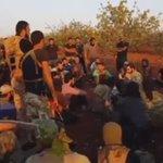 د.عبد المنعم زين الدين. دعاء مع المجاهدين على جبهات #حماة قبيل الانطلاق للمعركة. https://t.co/weRdW9wbB6