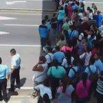 Estudiantes y padres de familia cierran vía Interamericana, frente al Colegio Mariano Prado en Natá @TraficoCPanama https://t.co/IoZFYKdxb4