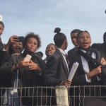 EFF rep singing in solidarity with students at #LawsonBrownHighSchool over #blackhair matters @AfriNewsAgency https://t.co/Y72hboDk4V
